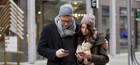 Holiday Text Messaging Guide For Small Business Featured Image