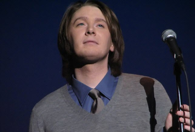 Clay Aiken Waukegan in American Idol TV show.