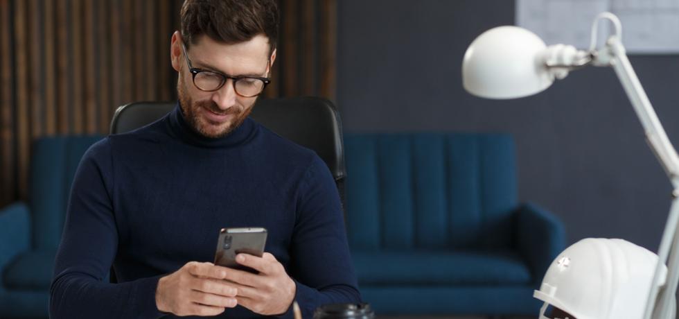 Man got a text message from autoresponder